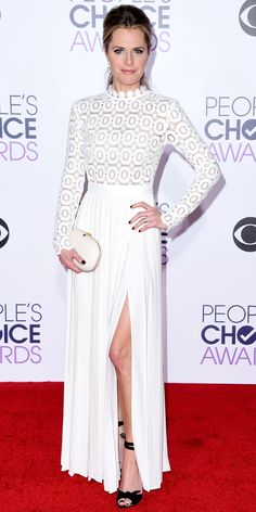 See All the Best Looks from the 2016 People's Choice Awards Red Carpet - Maggie Lawson  - from InStyle.com