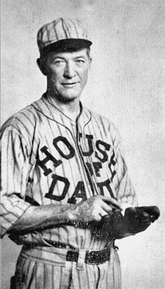 Grove Cleveland Alexander - House of David barn stormed as a team in the Negro Leagues Baseball Star, Baseball Boys, Baseball Players, Baseball Cards, National Baseball League, Negro League Baseball, House Of David, Grover Cleveland, Benton Harbor