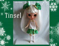 KLATERGOUD feestelijke jurk sokken en haren bogen handgemaakte voor Blythe poppen - door dolls4emma