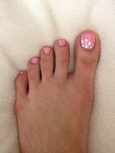 Pink Toe Nail Art Ideas to Copy 42 – Fiveno Flower Toe Nails, Pink Toe Nails, Pretty Toe Nails, Cute Toe Nails, Summer Toe Nails, Pretty Toes, My Nails, Pink Toes, White Toenails Polish