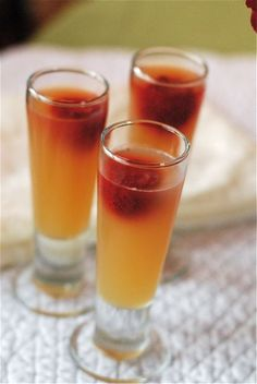 Sparkling cider jello shooters