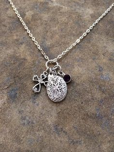 Diffuser necklace with Oval Diffuser Locket by PureEssenceJewelry, $20.00