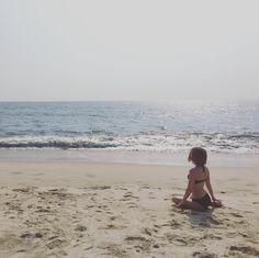 #dreamer by the #sea #meditating and #pondering #life At #marari #mararibeach #photography #travelphotography #adventure #spiritual #magic #witch #priestess #sunshine #world #healthy #fitness #postworkout #relaxing #india #bikini #ocean #sand #beach #beachbody