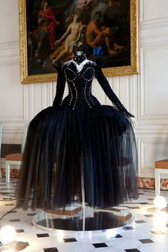 Gorgeous! Dress by Thierry Mugler on display at Versailles