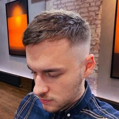 Mens Haircuts Receding Hairline, Receding Hairline Styles, Haircuts For Balding Men, Thin Hair Haircuts, Cool Hairstyles, Balding Hairstyles, Receeding Hairline, Hair And Beard Styles, Short Hair Styles