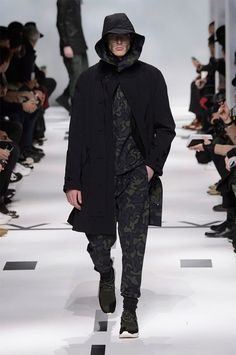 fall-winter 2015 menswear collection tackled aviation for the season's theme. Fall Winter 2015, Fashion Show, Fashion Men, Aviation, Winter Jackets, Couture, My Style, How To Wear, Menswear Trends