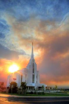 Overlooking the Brigham Young University–Idaho campus, this five-story temple in Rexburg, Idaho, stands out on the hills of Idaho.