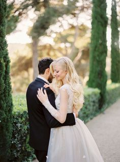 Romantic Barcelona wedding inspiration: http://www.stylemepretty.com/destination-weddings/2016/06/27/the-sweetest-spanish-wedding-weve-ever-seen/ | Photography: Muravnik Photography - http://www.marinamuravnik.com/