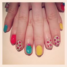 Retro cherry nails<3