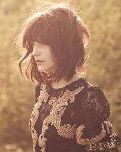 Longer bob, great tousled look. ;; this hair. why can't I have it back now.