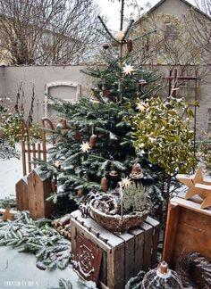 Weihnachtsdekoration, Außendekoration im winter, Winterzeit,Winterzauber, Winterdekoration,