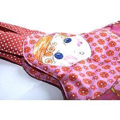 sac-poupee-russe-rouge-rose-detail-5.jpg