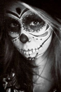 sugar skull Sugar Scull, Sugar Skull Art, Zombie Makeup, Halloween Face Makeup, Candy Skull Makeup, Day Of The Dead Girl, Paint Ideas, Art Forms, Body Painting