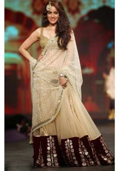 Vidya Malvade Cream Lehenga At Phadnis Cpaa Show 2014  To Buy online Click http://trendzila.com/bollywood/285-vidya-malvade-cream-lehenga-at-phadnis-cpaa-show-2014.html?search_query=357&results=1