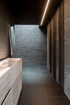 PLATIUM DARK - honed architect: Dries BONAMIE bvba & Another Office @ Hertog Jan