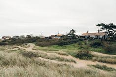 Haarkon Norfolk Coast Hunstanton Beach Hut Building Sand Dune Travel Sea