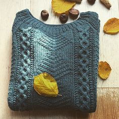 Ravelry : Wide Forest Sweater knitting pattern Alice Hammer