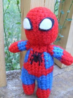 Crochet Amigurumi Spiderman : Crochet super hero hats on Pinterest Crochet Batman ...