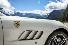 2017-Ferrari-GTC4Lusso-exterior-details.jpg (2040×1360)