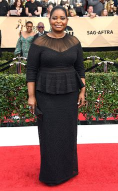 The 2017 SAG Awards are here, and so are the following major fashion moments.The Hidden Figures actress contrasted how feminine and sexy her Reem Acra gown is with a partially shaved head. Can you say badass?