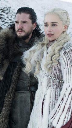 Jon Snow & Daenerys Targaryen Wallpaper - Game of Thrones Season 8 First look Maisie Williams, Sophie Turner, Jon Snow And Daenerys, Lena Headey, Kit Harington, Emilia Clarke, Will Turner, Got Characters, Game Of Thrones Characters