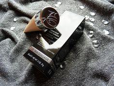 baza pod makijaż eisenberg paris #LesEessentielsduMaquiqllage Chios, Paris, Makeup Products, Cufflinks, Accessories, Montmartre Paris, Wedding Cufflinks, Ornament