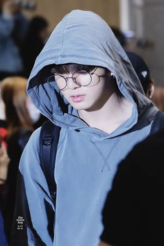 Find images and videos about kpop, bts and text on We Heart It - the app to get lost in what you love. Bts Jungkook, Jungkook Glasses, Taehyung, Jungkook Fanart, Jung Kook, Busan, Jikook, Seokjin, Hoseok