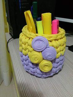 Más Crochet Basket Tutorial, Crochet Basket Pattern, Crochet Diagram, Crochet Chart, Crochet Cozy, Unique Crochet, Love Crochet, Diy Crochet, Crochet Circles