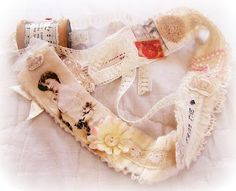 (snippet roll)I am going to make this.I love shabby chic.