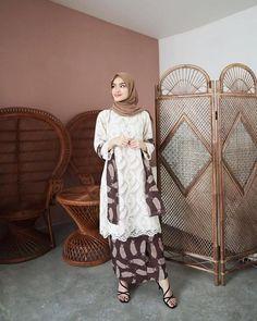 Kebaya Modern Hijab, Model Kebaya Modern, Kebaya Hijab, Kebaya Brokat, Batik Kebaya, Kebaya Dress, Dress Brokat Modern, Batik Dress, Dress Pesta