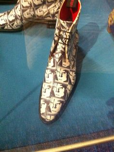 printed face onto boot