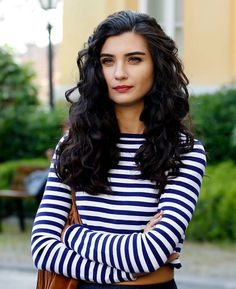 Image shared by Anna. Find images and videos about beautiful, tuba and kara para aşk on We Heart It - the app to get lost in what you love. Divas, Turkish Beauty, We Heart It, Beautiful Hijab, Anna, Portraits, Turkish Actors, Woman Crush, Dark Hair