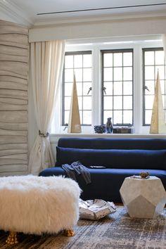 Blue sofa ▇  #Home #Design #Decor view More Ideas ➨ http://irvinehomeblog.com/HomeDecor/  - Christina Khandan - Irvine, California ༺ℭƘ ༻