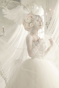 Angel Aesthetic, Aesthetic People, White Aesthetic, Foto Fantasy, Fantasy Dress, Fantasy Photography, Portrait Photography, Maquillage Halloween, Cosplay Makeup