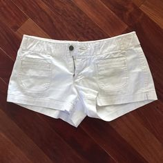 American eagle shorts White denim American eagle shorts. Perfect for the summer ☀️ American Eagle Outfitters Shorts