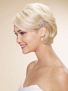 feminine short hairstyle