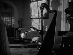 Frances Dee in I Walked with a Zombie (Jacques Tourneur, 1943)