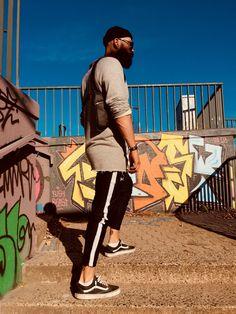"""Revolverbag """"""""LOUIS 2.0"""" schwarze Holstertasche zum Umhängen Utility Tasche für Männer Baseball Cards, Sports, Accessories, Man Bags, Black, Hs Sports, Sport, Exercise"""