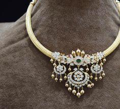 Ear Jewelry, Girls Jewelry, Wedding Jewelry, Jewelery, Silver Jewellery Indian, Gold Jewelry Simple, Simple Necklace, Fancy Jewellery, Necklaces