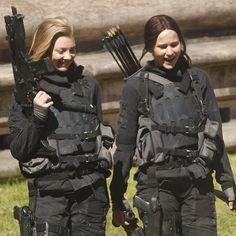 Jennifer Lawrence  Natalie Dormer on the set of 'The Hunger Games: Mockingjay' in Paris - 5/15/14