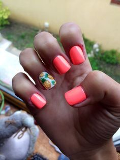 Nail's&Pineapple