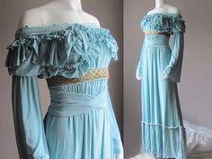 Renaissance Dress Fairy Dress Peasant Pirate by PlusSizeClothing <--- Beautiful! Fairy Wedding Dress, Fairy Dress, Wedding Dresses, Renaissance Dresses, Medieval Dress, Renaissance Fairy, Renaissance Wedding, Medieval Fantasy, Best Plus Size Dresses