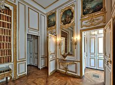 """117 Cabinet des dépêches, in the King's Petit Appartement. This room was transformed from Louis XIV's Salon Ovale into Louis XV's """"Cabinet of the Dispatches,"""" where he had his clerks open and dispatch secret communications. French Architecture, Classical Architecture, Architecture Plan, Beautiful Architecture, Versailles Paris, Brooklyn House, Royal Residence, French History, Rococo Style"""