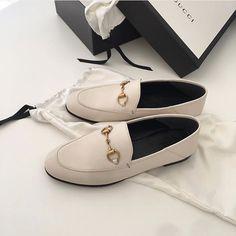 주말아침에 먹는 맥모닝은 사랑🐥❤️ Shoe Closet, Kicks, My Style, Shoes, Fashion, Shoe Cabinet, Moda, Zapatos, Shoes Outlet