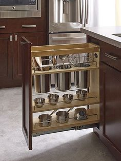 Walk in closet layout plan recherche google design et for Perfect kitchen fabrication