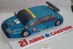 Gracias por confiar en nosotros. ¡Felicidades campeón! Por dentro, este Wolswagen Siroco consta de un bizcocho de chocolate relleno de crema de chocolate y avellanas. ¡Buenísima para recargar energías después de las carreras! ¡Sorprende a tus seres queridos con una tarta en fondant! ¡Llámanos al 616849394 y haremos esa tarta realidad, tenemos el mejor precio de Málaga! www.depaulapasteleria.blogspot.com www.facebook.com/panaderiadeliziasdepaula www.tartasmalaga.net…