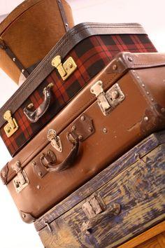 Juego de maletas vintage Vintage Decor, Suitcase, Games, Briefcase, Vintage Ornaments