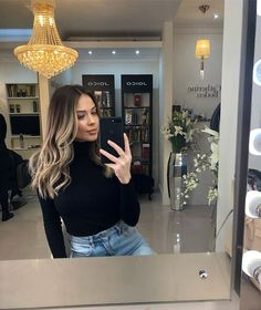 10 medium to long hair styles ombre balayage hairstyles ideas for women 2019 51 ♡°⊙MbR€°bAlA¥AG€°♡ Ombre Hair Color, Hair Color Balayage, Hair Highlights, Dark To Blonde Balayage, Dark Roots Blonde Hair Balayage, Haircolor, Black Hair With Blonde Highlights, Bayalage Brunette, Full Balayage