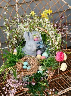 How to Build a Blooming Easter Basket | homeiswheretheboatis.net #Easter #DIY