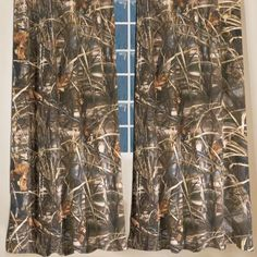 The handsome Realtree® Max 4 wetlands camo is one of the most successful duck hunting patterns ever designed, featuring cattails, crops, tree limbs and leaves with a combination of distinctive natural colors and large scale, realistic artwork. Camo Bedding, Commercial Appliances, Rustic Curtains, Camo Curtains, Tree Curtains, Full Comforter Sets, Curtain Patterns, Pattern Curtains, Kitchen Window Treatments